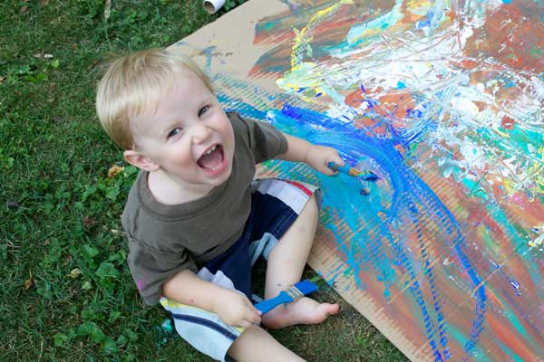 Family-Art---happy-baby-painting600